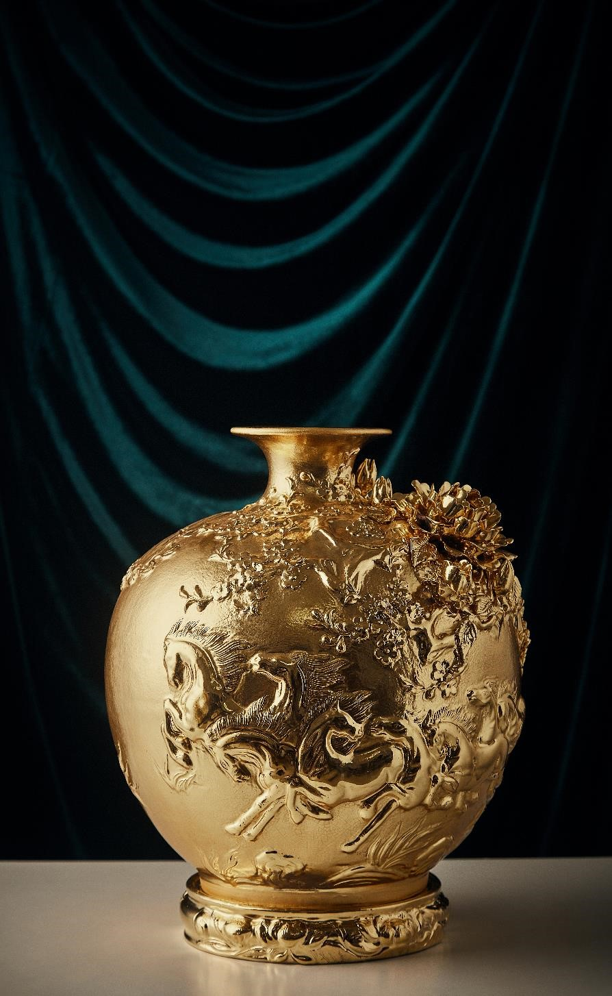 "24k Golden Vase  ""The Success"""