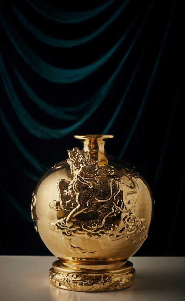 24K Gold Kylin Vase